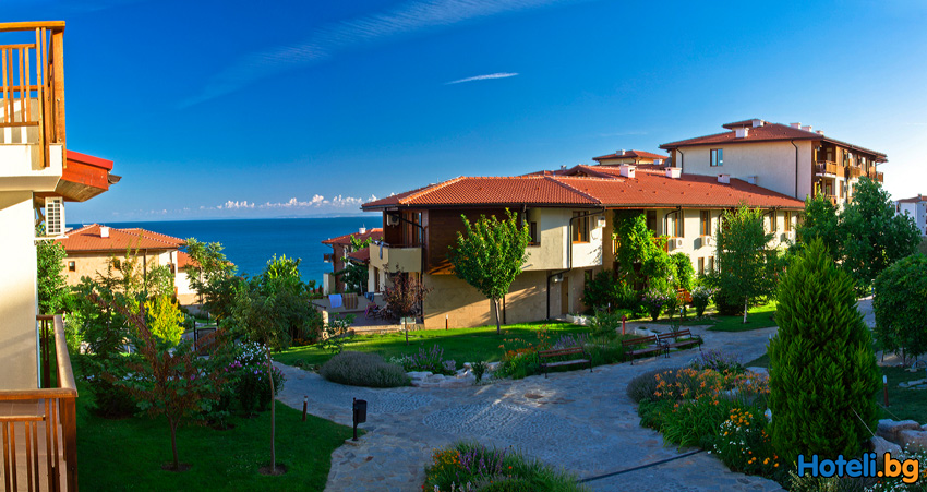 "Early booking discounts for hotel  ""Garden of Eden"" Sveti Vlas"